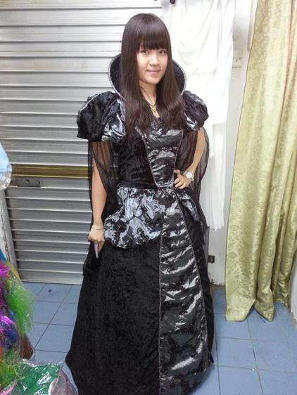 black gown 2