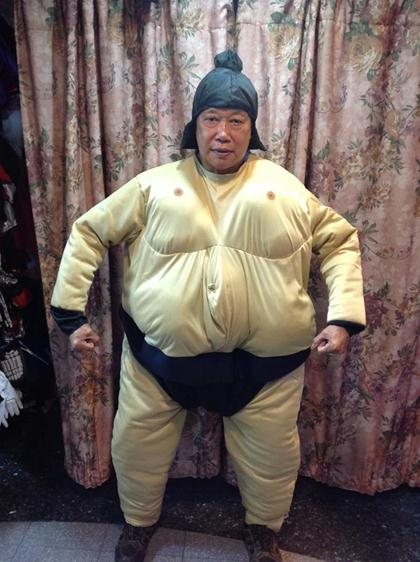 sumo costume (1)