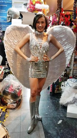 wing & dress 01